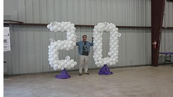 20 Giant Balloon Art Blur
